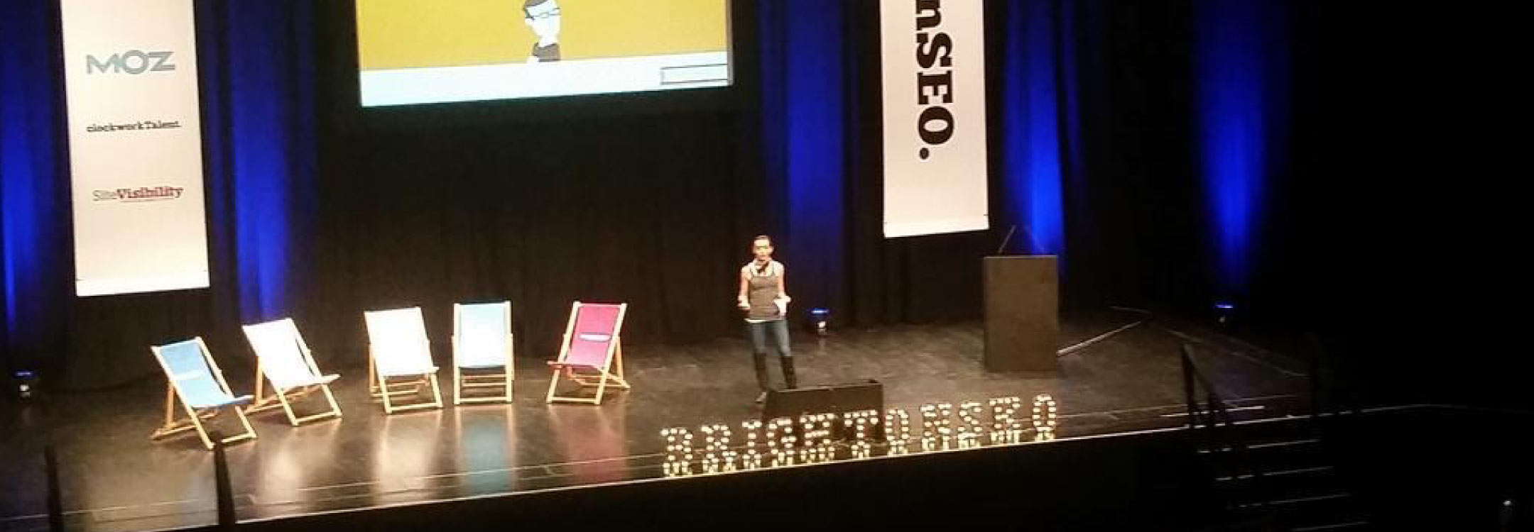 Shelley Walsh speaking on stage at Brighton SEO